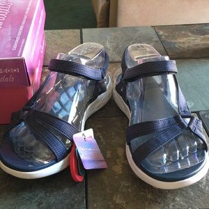 NWT Skechers on-the-go Sandals